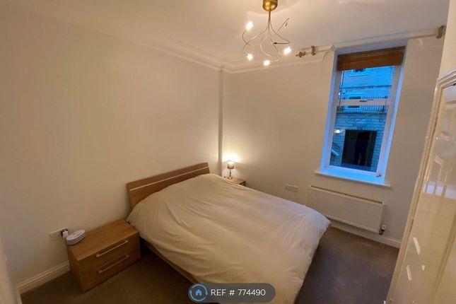 Master Bedroom of Park Avenue, Roundhay, Leeds LS8