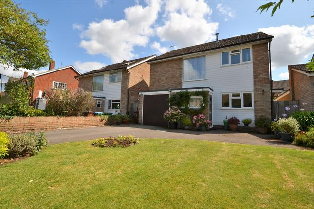 Thumbnail Detached house for sale in Thame Road, Haddenham, Aylesbury