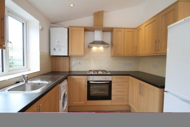 Thumbnail Property to rent in Warlingham Road, Thornton Heath