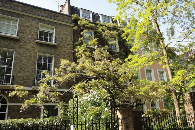3 bed terraced house for sale in Kensington Square, London