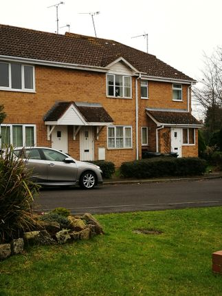 2 bed terraced house to rent in Oakley Gardens, Upton