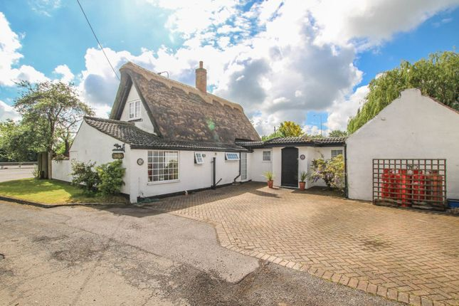 Detached house for sale in Nagshead Lane, Wyboston, Bedford, Bedfordshire