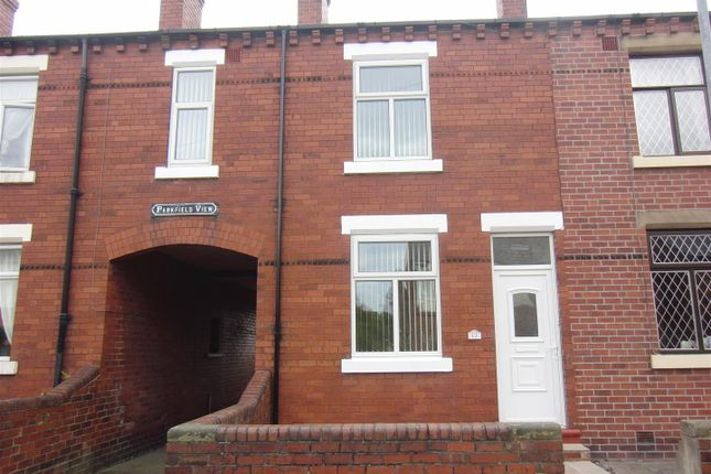Thumbnail Terraced house to rent in Newton Avenue, Wakefield