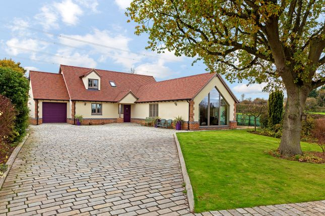 Thumbnail Detached house for sale in Thistley Lane, Gosmore, Hitchin