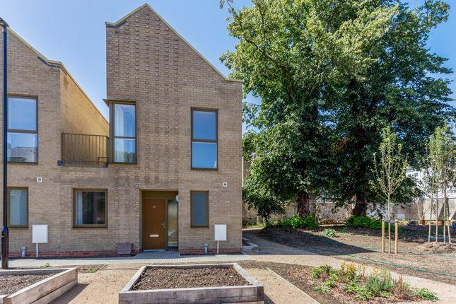3 bedroom flat for sale in Preston Road, Brighton