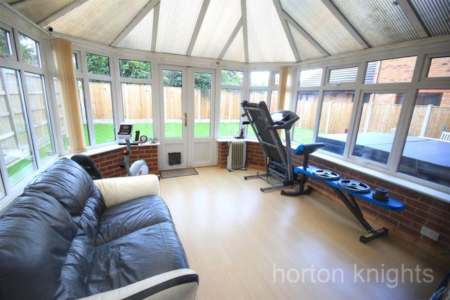 Conservatory of Fairford Close, Cantley, Doncaster DN4