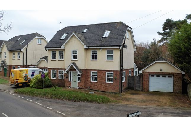 Thumbnail Detached house for sale in Queens Road, Woking