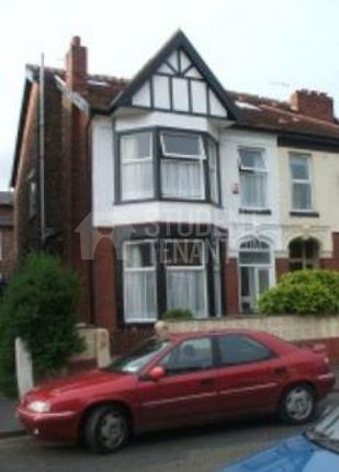Thumbnail Shared accommodation to rent in Kedleston Avenue, Manchester