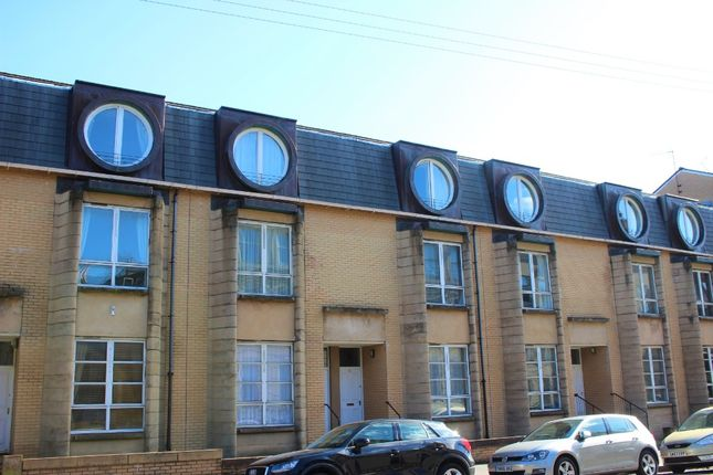 Thumbnail Flat to rent in Belmont Street, Kelvinbridge, Glasgow