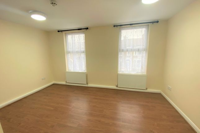 Thumbnail Terraced house to rent in Stafford Road, Forest Gate