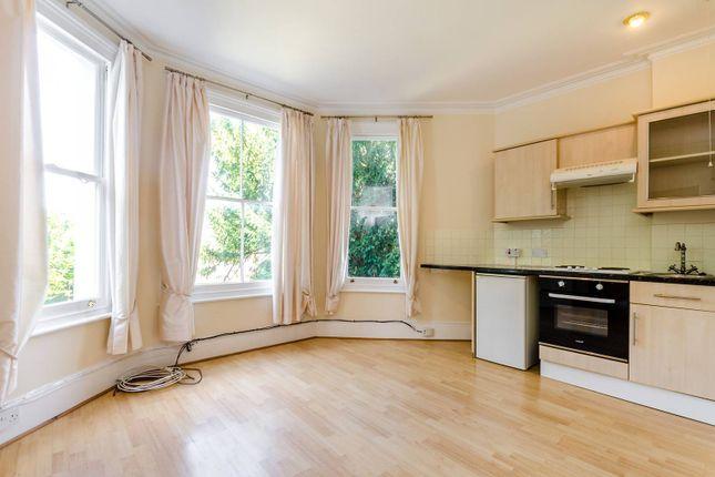 Thumbnail Flat to rent in South Bank Terrace, Surbiton