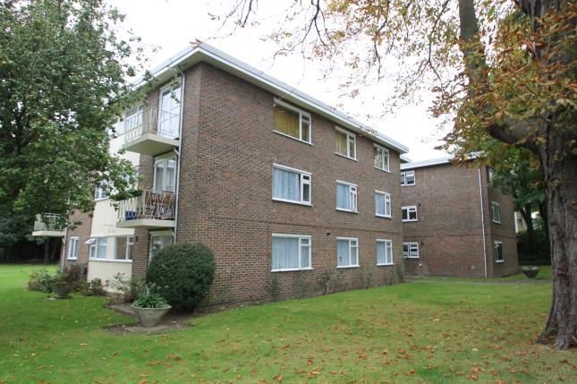 Thumbnail Flat for sale in Bramley Hyrst, Bramley Hill, South Croydon, Surrey