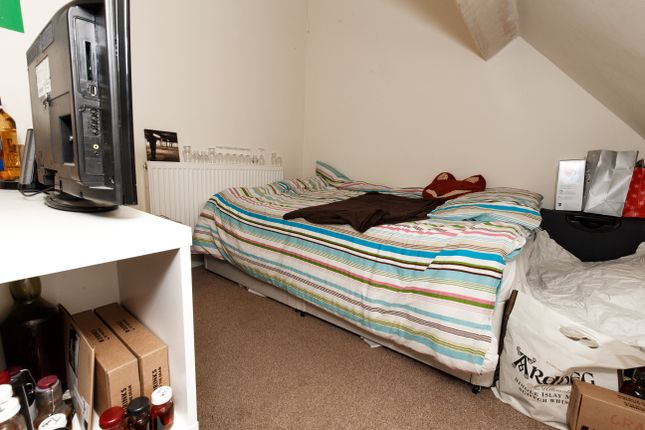 Thumbnail Room to rent in Broadway - Room 2, Treforest, Pontypridd