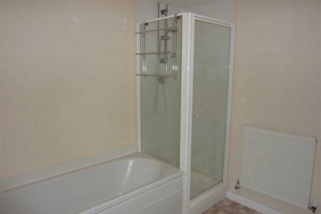 Family Bathroom of Edge Avenue, Scartho, Grimsby DN33