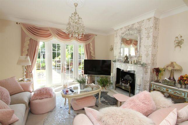 Living Room of Swakeleys Road, Ickenham UB10