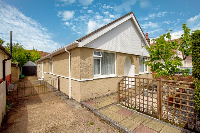 Thumbnail Bungalow for sale in The Grove, Southampton
