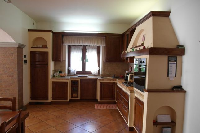 Kitchen  of Ground Floor Apartment, Anghiari, Arezzo, Tuscany, Italy