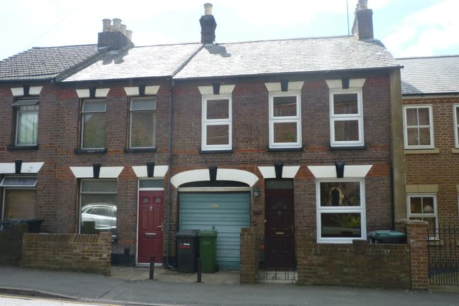 Thumbnail Terraced house to rent in Wenlock Street, Luton, Beds