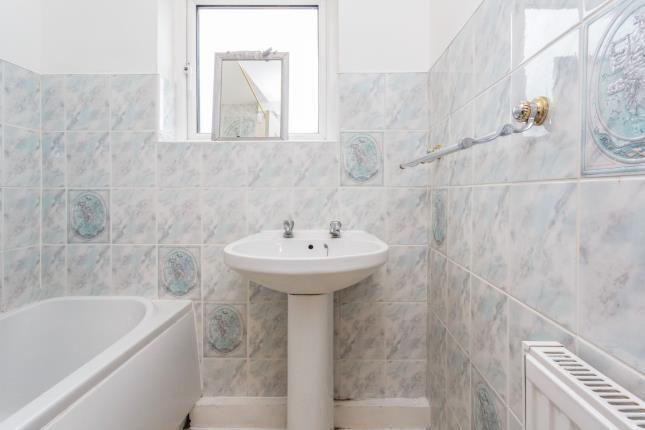 Bathroom of Warbreck Court, Warbreck Hill Road, Blackpool, Lancashire FY2