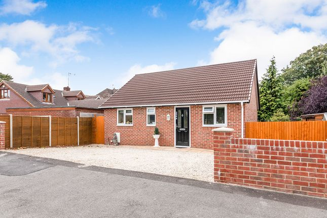 Thumbnail Bungalow for sale in Worting Road, Basingstoke