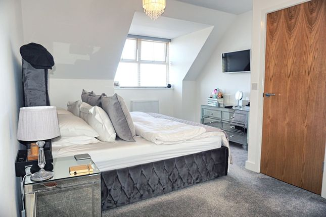 Master Bedroom of Richmond Lane, Kingswood HU7