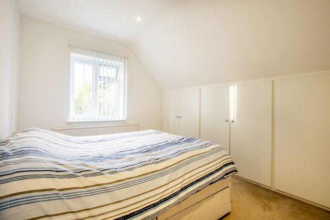 Bedroom 1 of Froxfield Avenue, Reading, Berkshire RG1