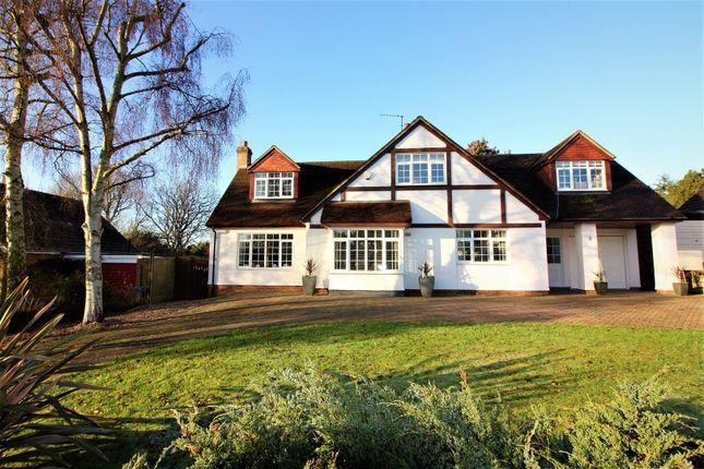 Thumbnail Property for sale in Hillside Way, Welwyn