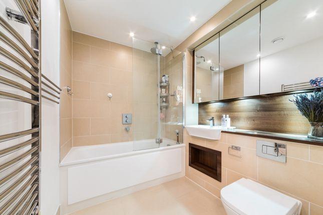 Bathroom of Ontario Point, Maple Quays, Surrey Quays SE16