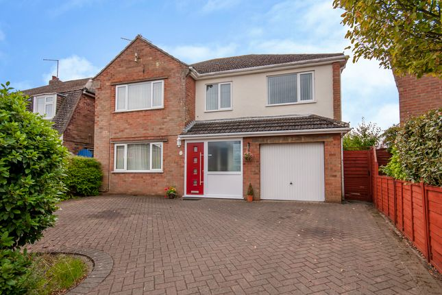 Thumbnail Detached house for sale in Bolton Avenue, North Hykeham, Lincoln
