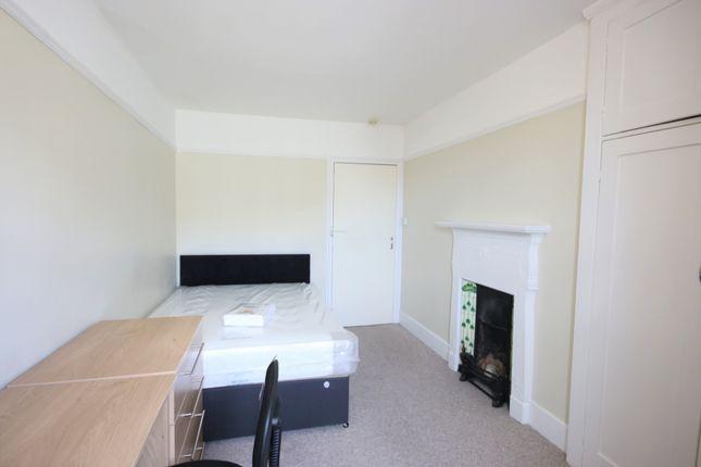 4 Bedroom Student Flat