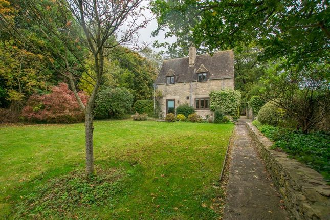 Thumbnail Cottage to rent in Ampney Crucis, Cirencester