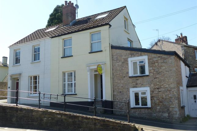 Thumbnail Flat to rent in Welsh Street, Chepstow