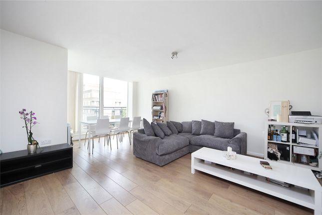 Thumbnail Flat to rent in Elmfield Road, Balham, London