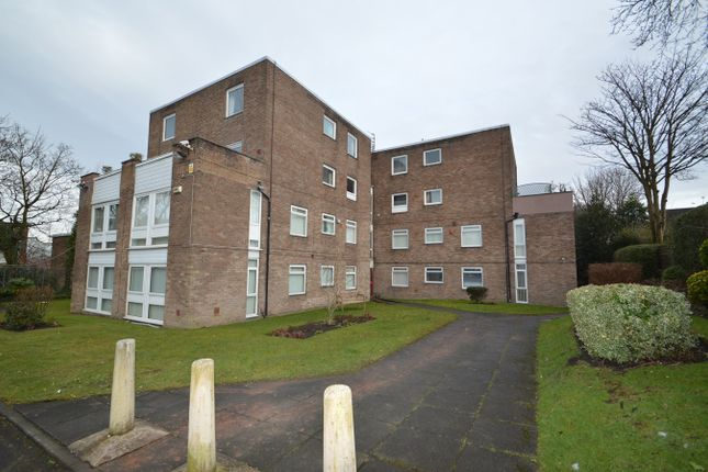 Thumbnail Flat to rent in Manchester Road, Bury