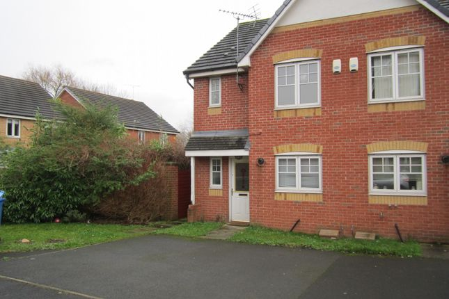 Thumbnail Semi-detached house to rent in Thornlea, Hale