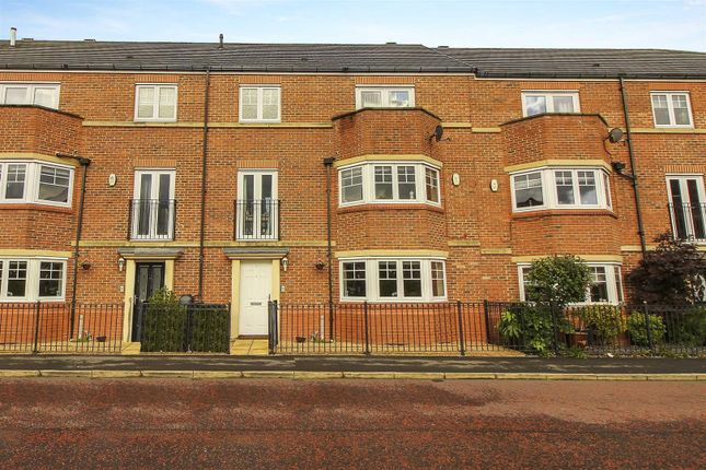 Thumbnail 5 bed terraced house for sale in Featherstone Grove, Great Park, Gosforth