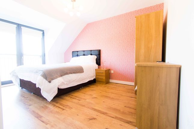 Thumbnail Property to rent in The Mews, 563A Meanwood Road, Far Headingley