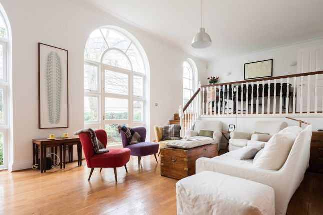 Thumbnail Town house to rent in Canonbury Park South, London