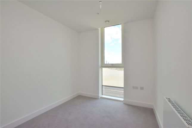 Picture No. 05 of Wyndham Apartments, 60 River Gardens Walk, Greenwich, London SE10
