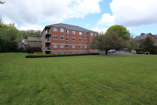 Thumbnail Flat for sale in Derwent Gardens, Matlock