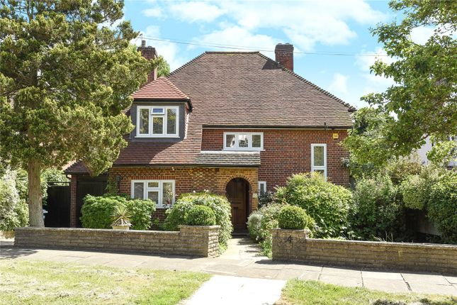 Thumbnail Detached house for sale in Holland Close, Stanmore, Middlesex