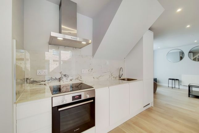Thumbnail Town house to rent in Wells Walk, Forest Gate