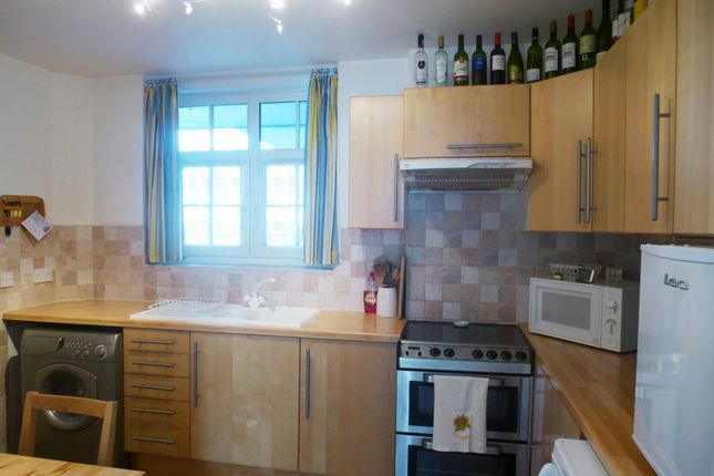 Thumbnail Flat to rent in Read House, Clayton Street, London