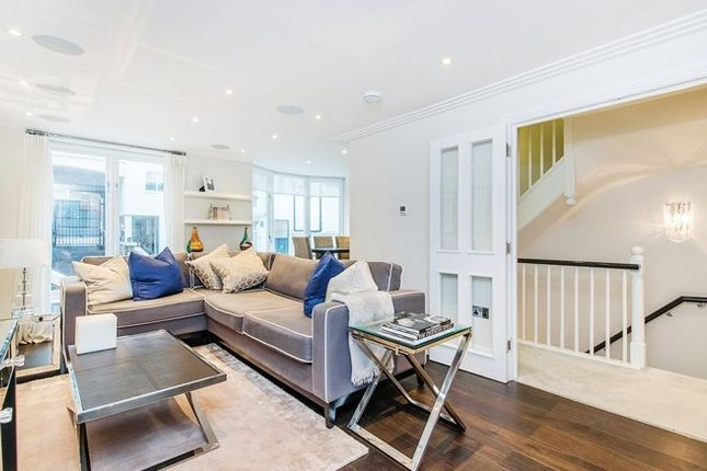 Thumbnail Town house to rent in Park Walk, Chelsea, Chelsea