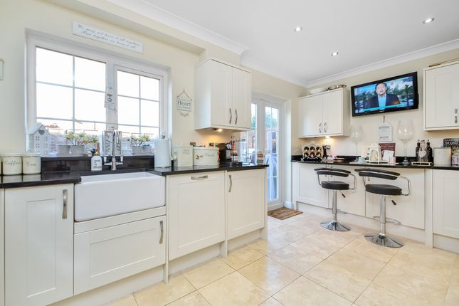 Town house for sale in Queen's Grove, Southsea
