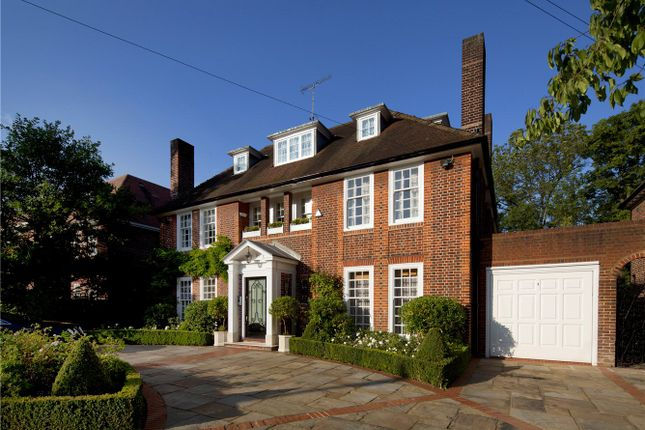 Thumbnail Detached house for sale in Ingram Avenue, Hampstead Garden Suburb, London