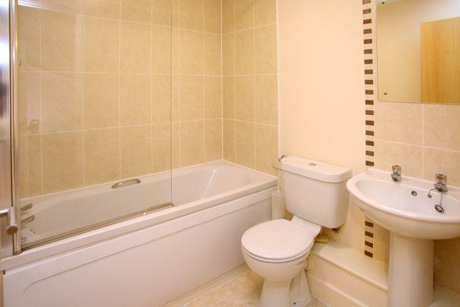 Bathroom of Grenville Meadow, Tavistock PL19