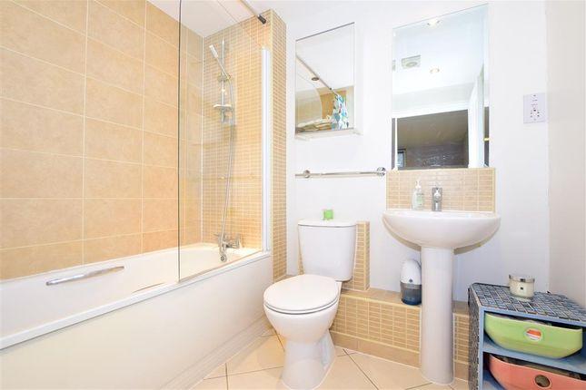 En-Suite of Oakhill Road, Sutton, Surrey SM1
