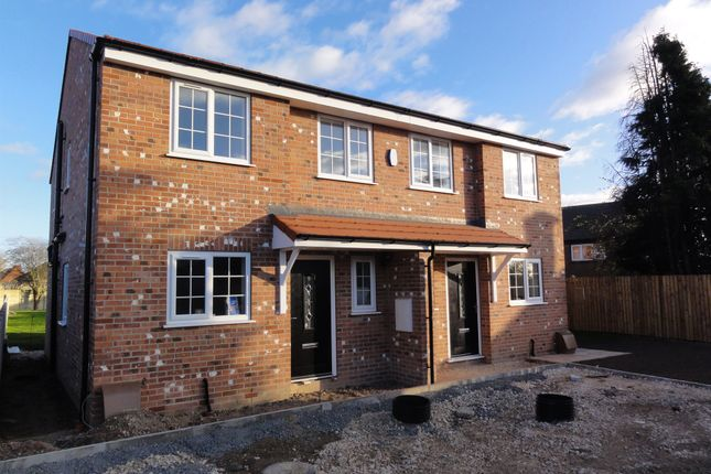 3 bed town house for sale in Whinburn Mews, Thurnscoe, Rotherham