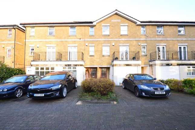 Thumbnail Terraced house to rent in Pampisford Road, South Croydon
